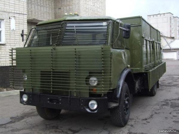 Бронированный ГАЗ-66