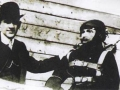 Глеб Евгеньевич Котельников с манекеном Иваном Ивановичем и ранцевым парашютом