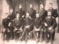 А.С. Попов (стоит второй справа) среди преподавателей Минного офицерского класса в Кронштадте