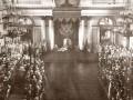 Тронная речь царя Николая II на церемонии открытия первой Государственной Думы в Зимнем дворце, 27 апреля (10 мая) 1906 года. Фотограф К. Е. фон Ганн