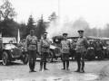 Автомобили Учебной автороты на плацу в ожидании приезда императора