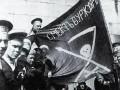 Революционные матросы на улицах Петрограда, 1917 год