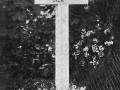 Могила Александра Блока на Гинтеровской дорожке Смоленского кладбища в Петрограде. 28 сентября 1944 года прах поэта был перезахоронен на Литераторских мостках Волкова кладбища