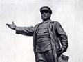 Памятник С. М. Кирову работы скульптора Н. В. Томского на Кировской площади