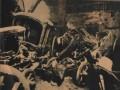 Каретный сарай эрмитажа после попадания немецкой авиабомбы