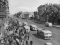 Невский проспект Ленинграда, 50-е годы. Трамвайные пути уже сняты.