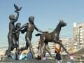 Памятник перед ст.м. «Пионерская»