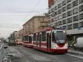Трамвай на Лиговском проспекте и специально выделенная полоса для движения общественного транспорта