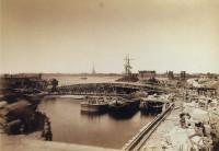 Строительство Александровского (Литейного) моста.